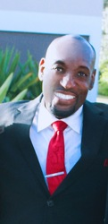 Dr D Chris  Alleyne