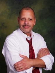 Dr Raul Velasquez