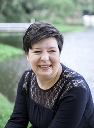Deborah Bernhard
