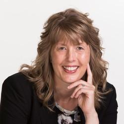 Laura Roeven
