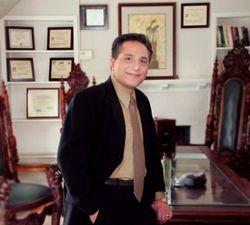 Dr Daniel Davidson